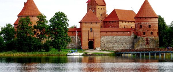 Study Architecture in Lithuania with Worldwide Navigators